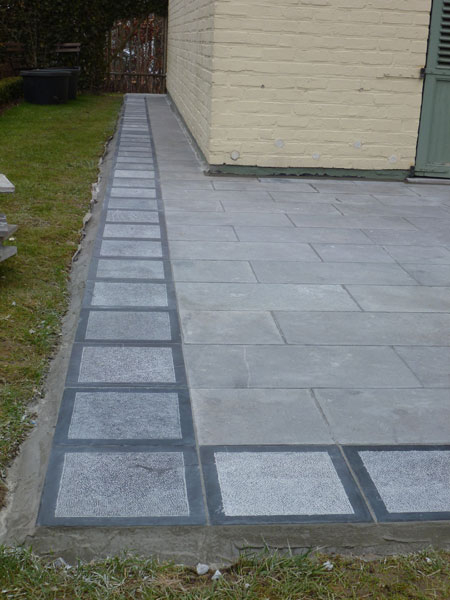 Finition bordure terrasse bois diverses for Agencement de jardin