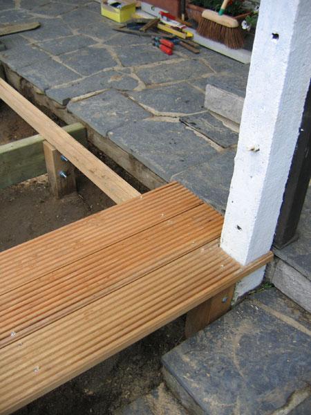 Decoupe angle terrasse bois diverses id es for Entrepreneur terrasse