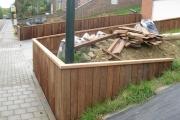 aménagement extérieur des côtés de maison en bois exotique