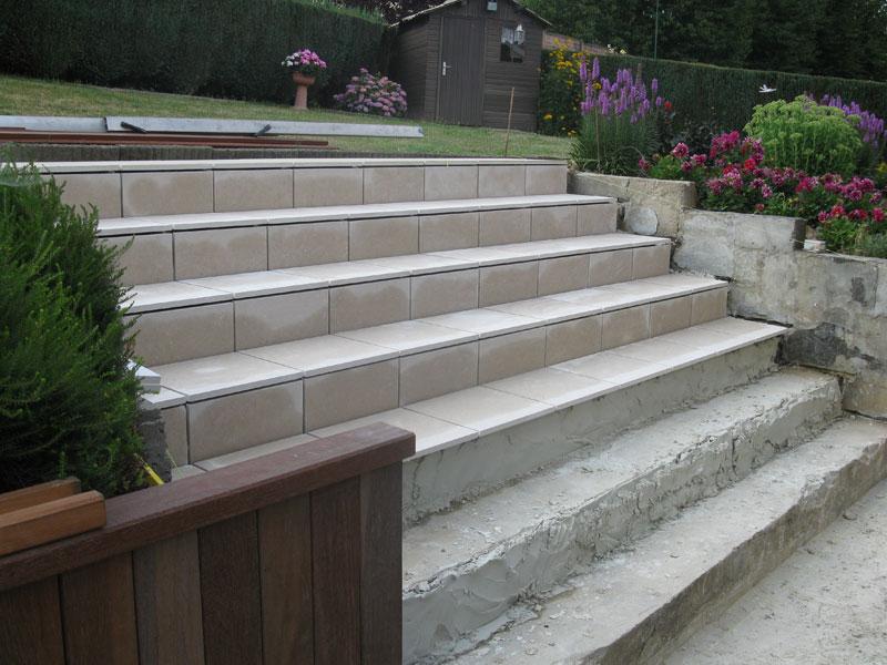 Am nagement ext rieur dallage d 39 un escalier laurent for Entrepreneur jardin