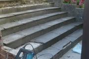 Mise à nu de l'escalier pour dallage